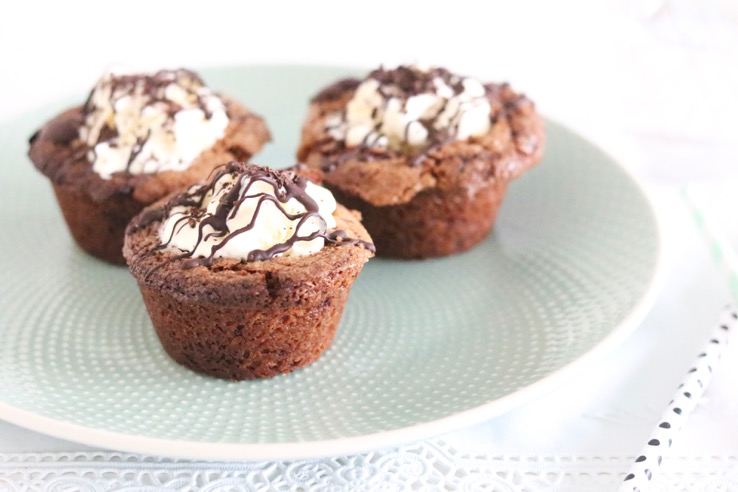 chocolate-chip-cookie-cups-roomijs-chickslovefood