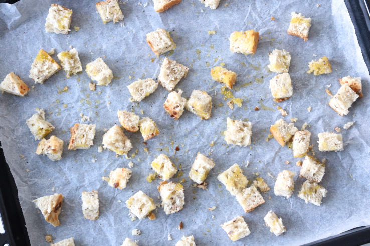 spelt-croutons-chickslovefood