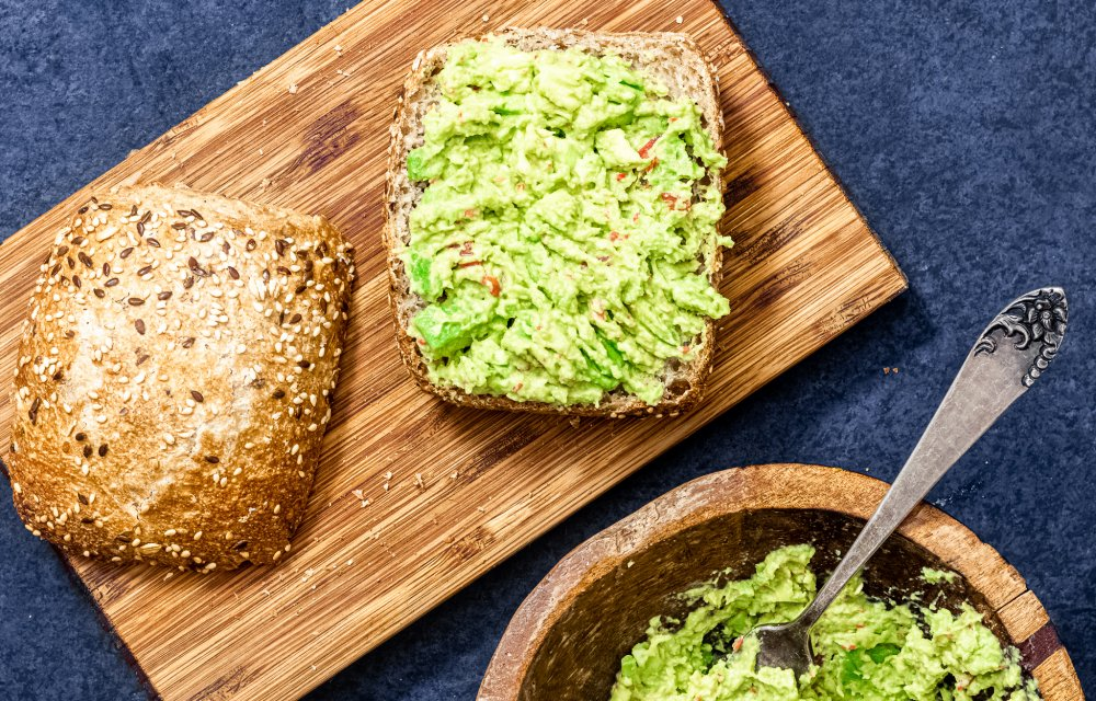 notenburger met avocadospread